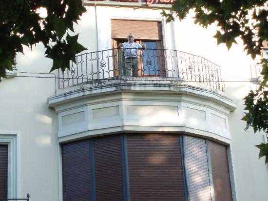 Hotel La Casa Grande Baena: balcón del hotel