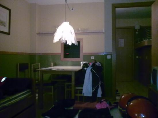 Solneu Apartamentos: Salon