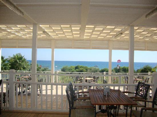 Alba Royal Hotel: Beach Bar