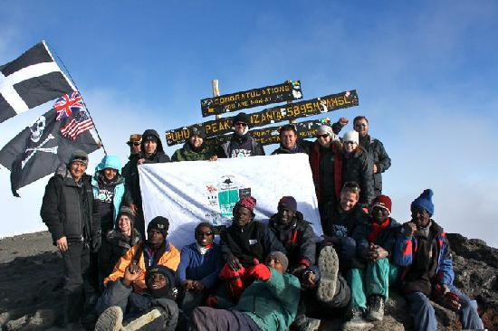 Kilimanjaro National Park, Tanzania: The team at the top of Kili with all our Ahsante Tours friends!