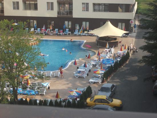 Laguna Park Hotel: front quiet pool