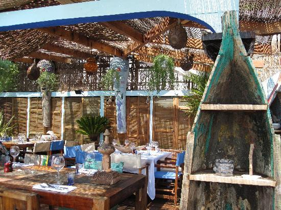 Anjuna Beach : The hip and chilled interior of the restaurant..