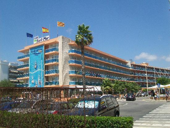 L'Albergo: fotografía de Hotel Surf-Mar, Lloret de Mar ...