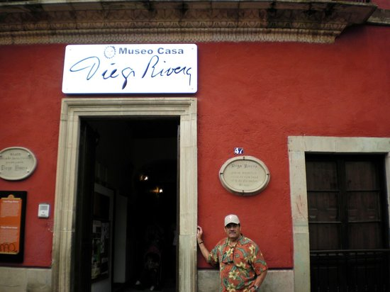 Diego Rivera Museum and Home (Museo Casa Diego Rivera): Entrance to Diego Rivera Museum