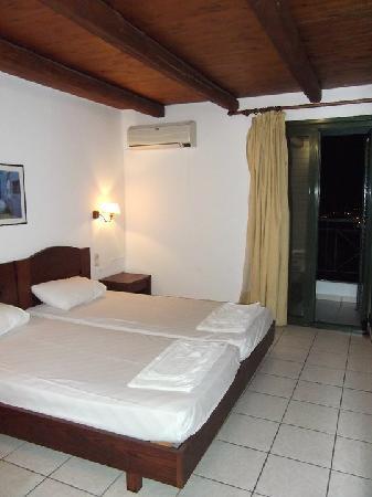 Piskopiano Village Apartments : Apartment Bedroom Area