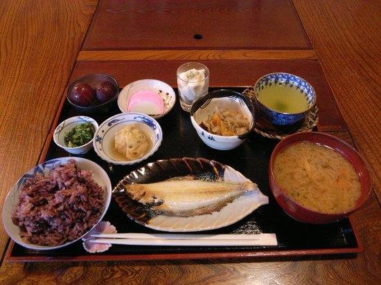 Salon Haraguchi Tenseian : Breakfast