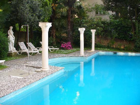 Calipso Hotel: Pool