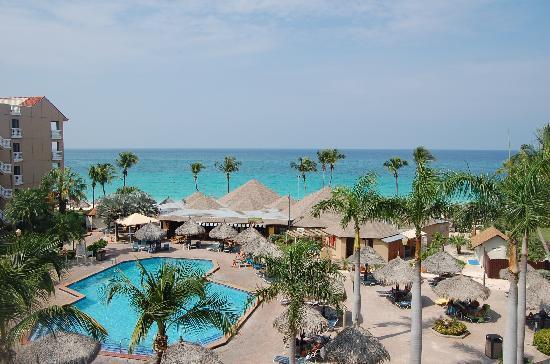 Casa Del Mar Beach Resort: Pool & Matthews Bar/Restaurant