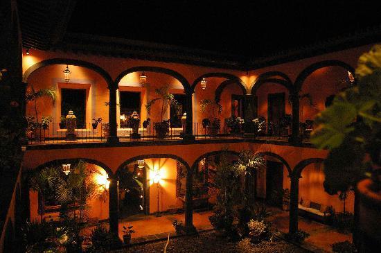 Hacienda de San Antonio : The courtyard for the rooms