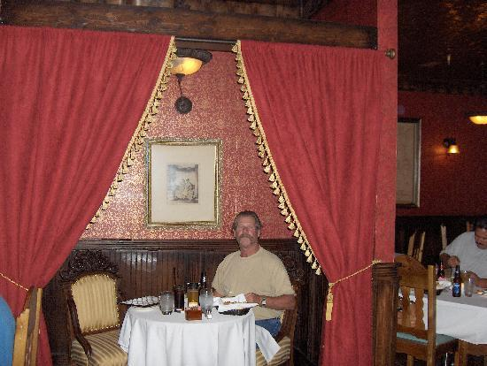 Buckhorn Saloon & Opera House: The atmosphere was cozy and romantic.
