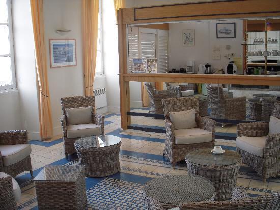 Pierre & Vacances Résidence Premium Le Palais des Gouverneurs : reception