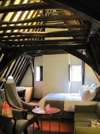 Crowne Plaza Brugge : Medieval Suite