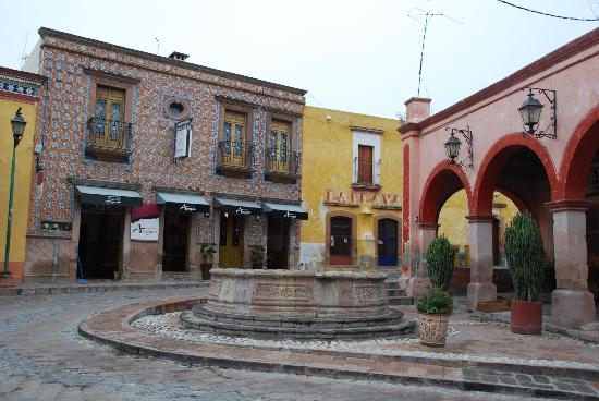 Casa Tsaya Colonial: Fachada morisca