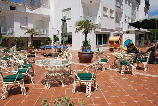Hotel Pineiro: Terraza