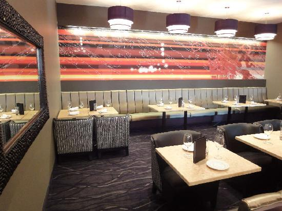 Ric's Grill : Lounge
