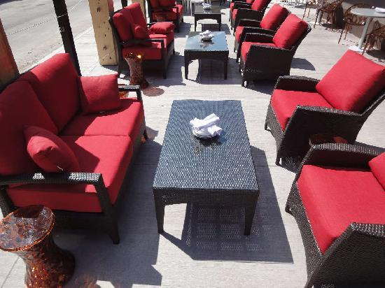 Ric's Grill : Patio