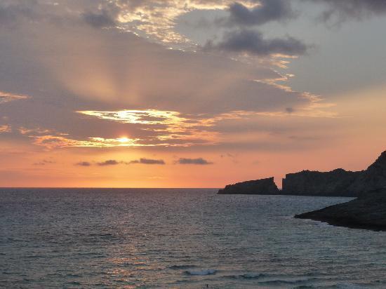 Viva Cala Mesquida Resort & Spa: alba dall'appartamento