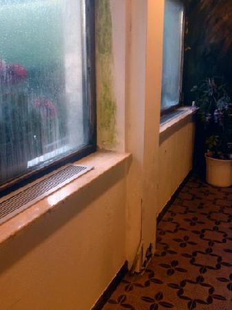Hotel Pulvererhof: bröckelnder Putz
