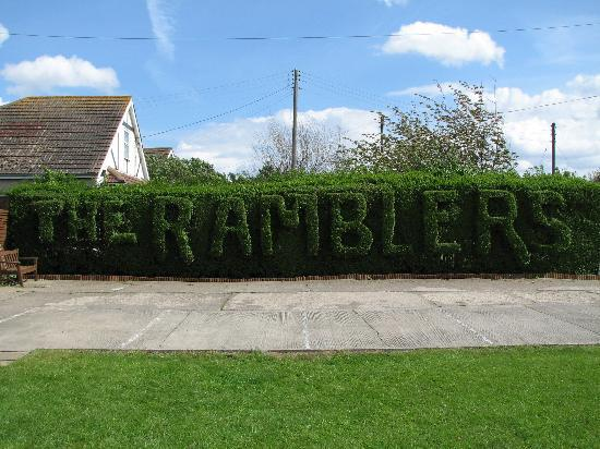 The Ramblers Guest House: The Ramblers Hedge