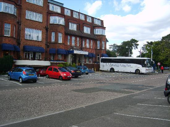 Bournemouth Sands Hotel: General view of hotel.