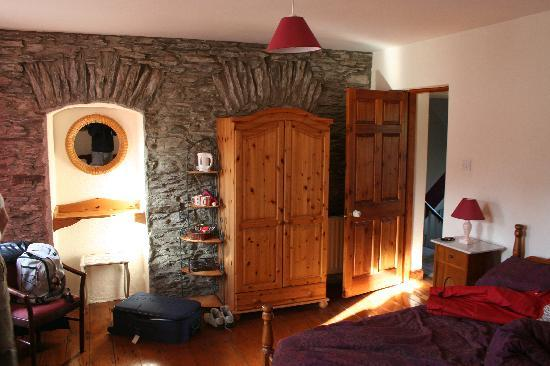 Fastnet House : geschmackvoll eingerichtetes Zimmer