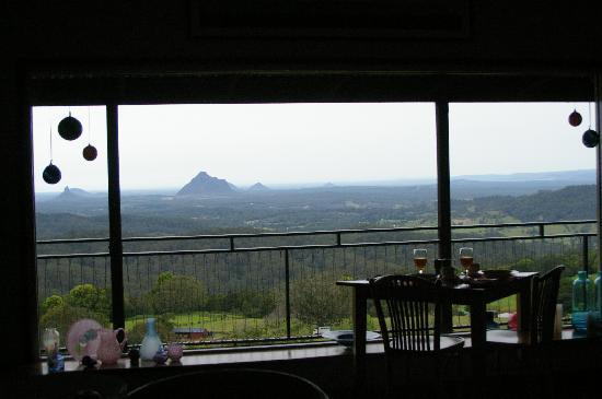 Braeside Bed & Breakfast : Breakfast with a view