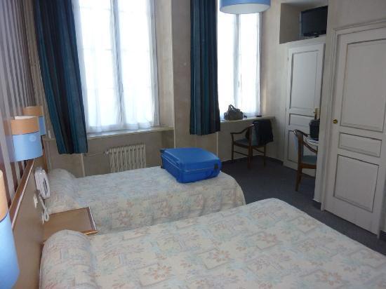 Acanthe Hotel : Chambre avec 1 lit de 130 et 1 de 90