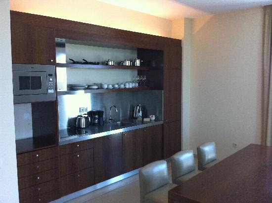 Salgados Dunas Suites: Küche