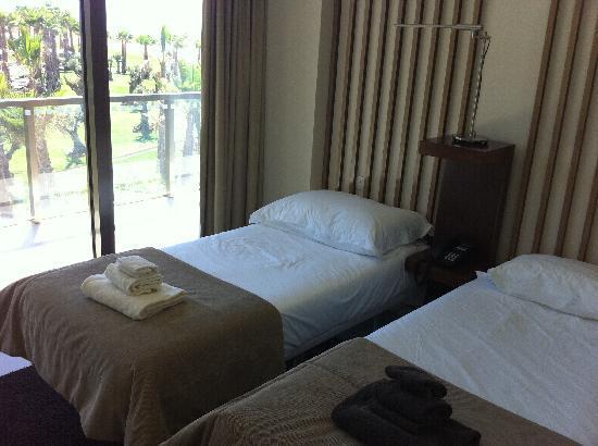 Salgados Dunas Suites: Schlafzimmer Mitte