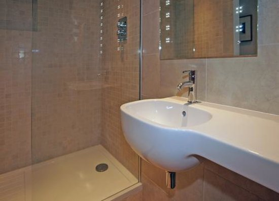 The Keep: Modern and spacious en-suite shower rooms