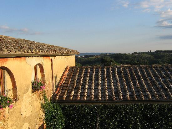 Agriturismo Marciano: Balcony view.