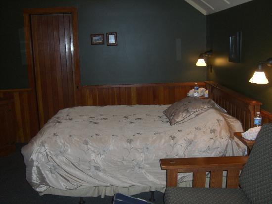 Johnston Canyon Resort: Zimmer in Blockhütte für 2 Personen