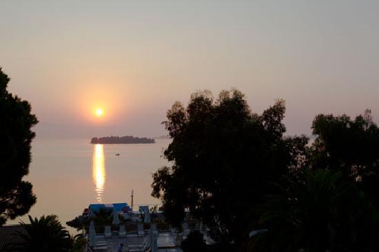 Kontokali Bay Resort and Spa: Sunrise from the balcony