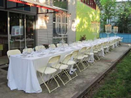 Urban Oasis Bed and Breakfast: We do events
