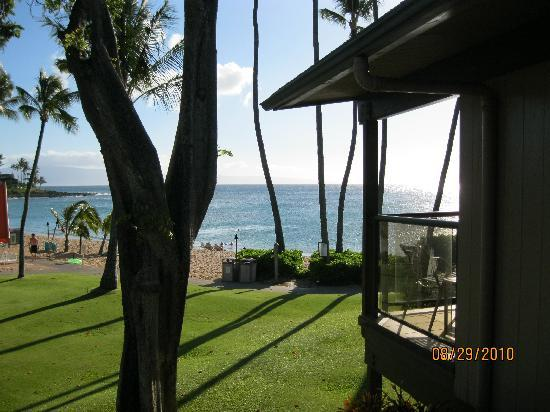 Napili Kai Beach Resort : Another view from our room/lanai