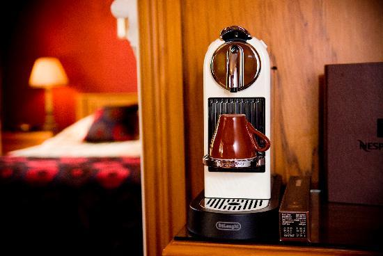 Hamurana Lodge: Real in-room coffee