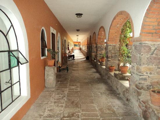 Hotel Monteverde Best Inns: Zimmer Erdgeschoss