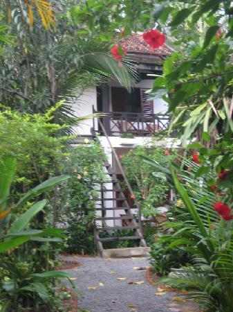 Kafu Resort & Spa: path to our room on second level
