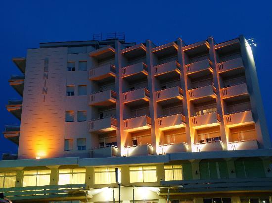 Hotel Benini : Benini di notte