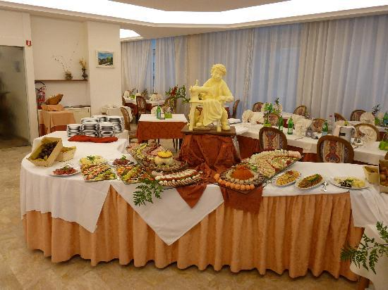 Hotel Benini : buffet