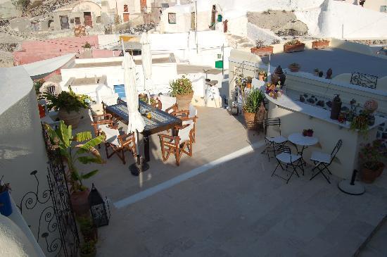 Heliophos: La terrasse du petit déj