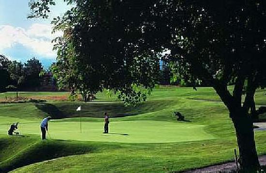 Posada de Campo Gondwana: 18 Loch Golfplatz (5 km)