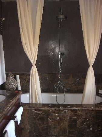 Kasbah Tamadot : Bathroom Suite 33