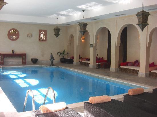 Kasbah Tamadot : Inner pool, hammam