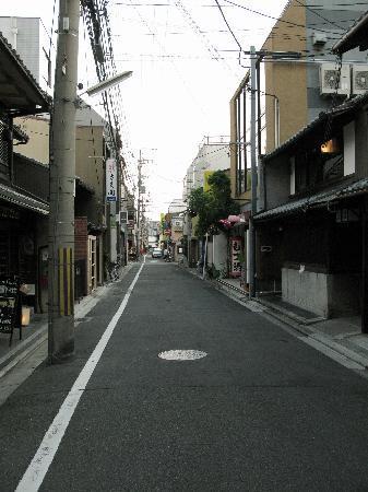 Ryokan Nakajimaya: RYOKAN STREET
