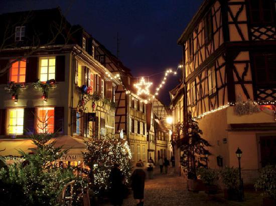Colmar, فرنسا: Weihnachtsmarkt in Colmar