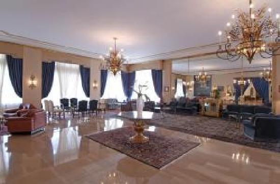 La Residence & Idrokinesis: hall