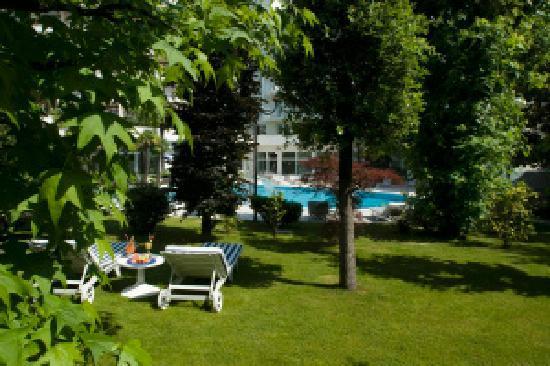 La Residence & Idrokinesis: parco