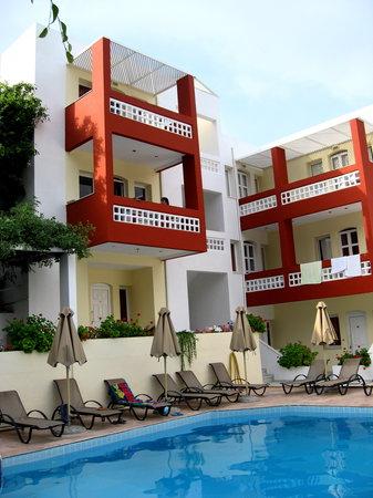 Hotel Troulis