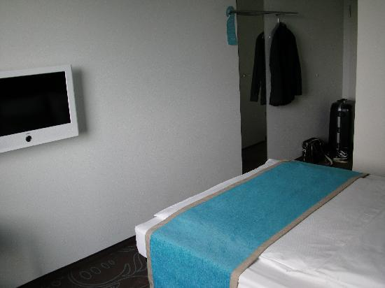 Motel One Berlin-Tiergarten: The Room